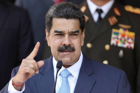 Maduro pede colaboração de vizinhos durante crise
