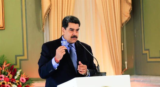 Maduro pregou o diálogo na coletiva desta quarta-feira, no palácio de Miraflores