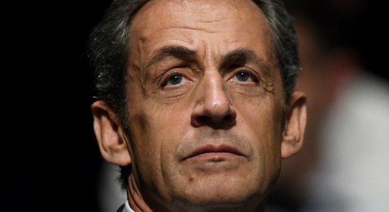 O ex-presidente da França Nicolas Sarkozy foi declarado culpado de financiamento ilegal de campanha
