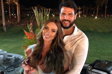 Casamento de Nicole e Marcelo será em dezembro, na Candelária