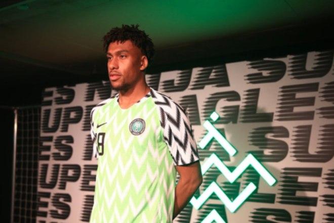 Anterior Camisa confeccionada pela Nike para a Nigéria disputar a Copa da  Rússia tem feito sucesso entre 1b5c6d5ba5812