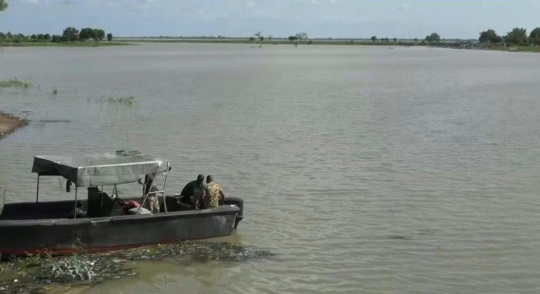 Autoridades temem que a maior parte das vítimas tenham se afogado no rio Níger