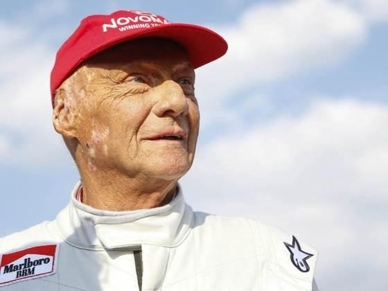 Niki Lauda: retornou apenas duas corridas após o acidente em Nürburgring que rendeu queimaduras graves e que afetaram o resto de sua vida.