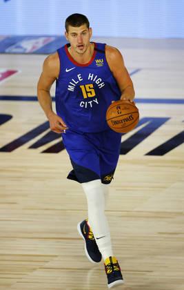 Nikola Jokic (Denver Nuggets) 8,0 - Jokic começou arrasador, mas não conseguiu manter o ritmo por todo o jogo. Ainda assim, finalizou com 29 pontos e dez rebotes. Cometeu quatro erros de ataque