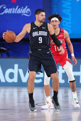Nikola Vucevic (Orlando Magic) 9,0 - O pivô foi o grande destaque do time da Flórida. Vucevic obteve 35 pontos, 14 rebotes e quatro assistências, além de cinco erros de ataque em 36 minutos