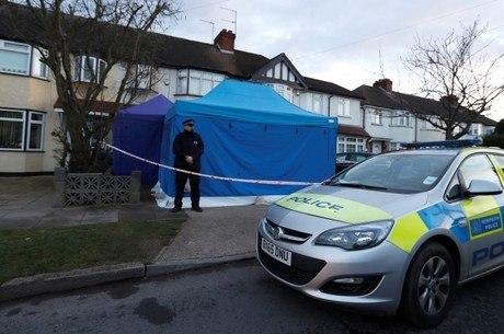 Polícia cerca a casa de Nikolai Glushkov em Londres