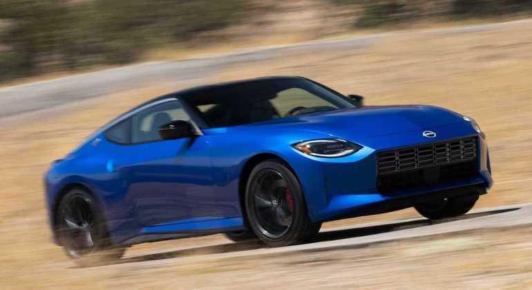 Modelo tem câmbio automático de nove velocidades