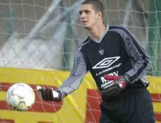 No Brasileirão de 2002, o goleiro Eduardo Allax fez um gol de cabeça para o Atlético-MG, que deu a vitória ao Galo contra o Juventude.