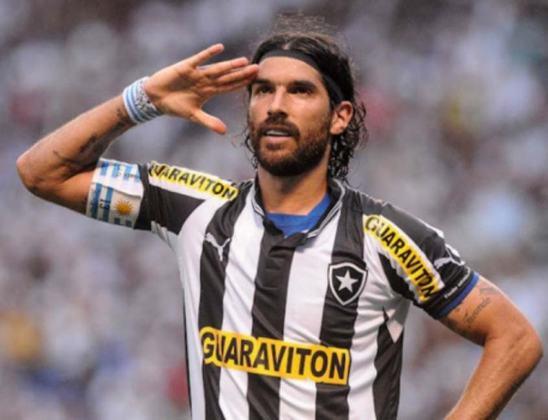 No Brasileirão de 2011, o Vasco voltou a ser goleado pelo Alvinegro por 4 a 0. Loco Abreu (2), Herrera e Antonio Carlos fizeram os gols botafoguenses, no Nilton Santos