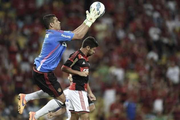 No Brasileirão de 2015, Diego Souza substituiu o goleiro Magrão, lesionado, na partida entre Flamengo e Sport no Maracanã. A partida terminou empatada, mas o meia conseguiu evitar o que seria o gol da vitória flamenguista nos minutos finais.