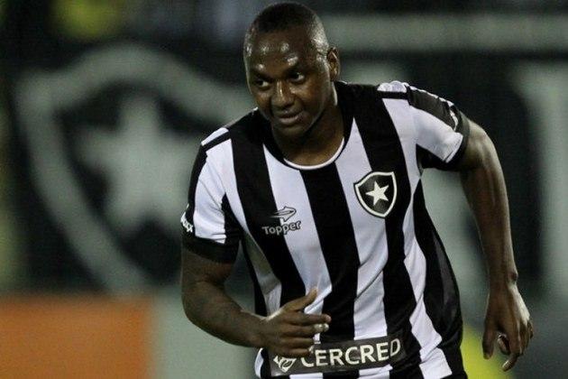 No Brasileirão de 2016, o Botafogo derrotou venceu o América-MG, por 3 a 1, no Estádio Raulino de Oliveira, em Volta Redonda. A partida foi marcada por grande atuação do atacante Sassá, que fez os três gols alvinegros, dois em cobranças de pênaltis sofridos por ele.