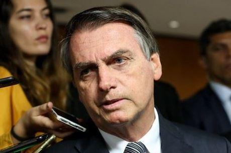 Bolsonaro quer distância de governador do Maranhão