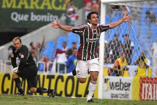 No Campeonato Brasileiro, a desmontagem do time de 2008 e uma lesão de Fred afundaram o Tricolor. Mas o centroavante e o então técnico Cuca foram fundamentais na arrancada de sete vitórias e três empates nos últimos dez jogos. O Time de Guerreiros estava salvo de uma rebaixamento dado como certo.