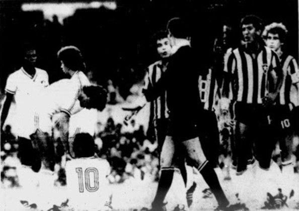 No Carioca de 1980, o Flu aplicou um chocolate de 4 a 0 sobre o Glorioso. Cláudio Adão brilhou marcando dois gols na partida. Gilberto e Zezé também balançaram as redes