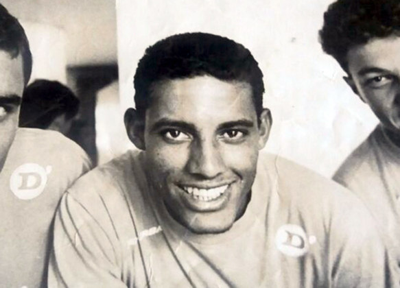 No Carioca de 1997, o Botafogo bateu facilmente o Fluminense pelo placar de 4 a 1, no Maracanã. Os gols alvinegros foram marcados por Djair, Sorato e Bentinho (2).