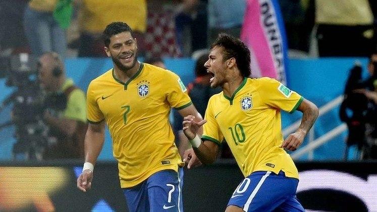 No dia 12 de junho de 2014, Neymar estreava em Copas do Mundo e jogando em seu país. Contra a Croácia, o Brasil venceu seu primeiro jogo por 3 a 1, na Arena Corinthians, com dois gols de Neymar