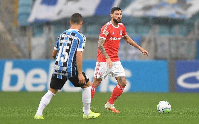 No estadual, o Grêmio massacrou o Internacional por 10 a 0 em 1909, mas venceu mais recentemente por metade disso, 5 a 0, em 2015, pelo Brasileirão.