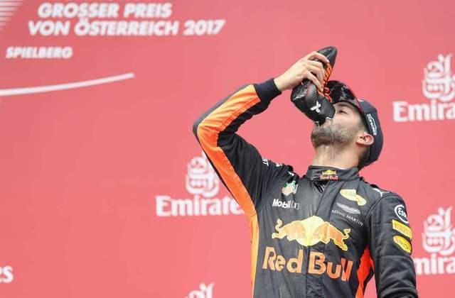 No GP da Áustria de 2017, mais uma vez o shoey apareceu