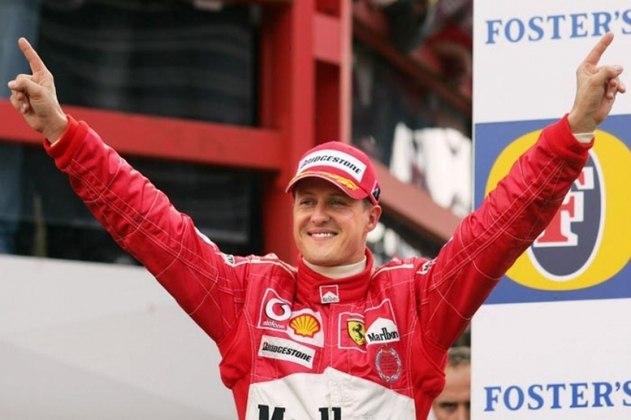 No GP da Bélgica de 2001, no palco de sua primeira vitória, Schumacher chegou a 52 vitórias na Fórmula 1 superou o recorde de Prost