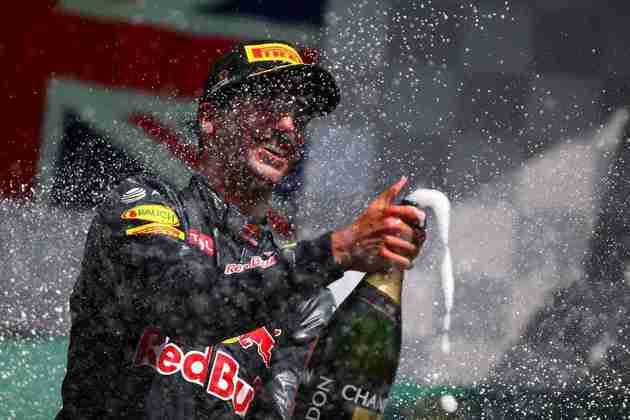 No GP da Bélgica, Ricciardo voltou a subir no pódio e fez o shoey