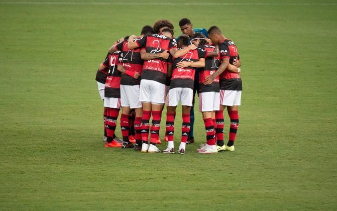 No Grupo A, o Flamengo é o primeiro colocado da chave, com 12 pontos conquistados, e já está classificado para as oitavas de final. Seu último compromisso nesta fase será diante do Junior Barranquilla, nesta quarta, às 21h30, no Maracanã. Caso vença e times de outras chaves percam, o Rubro-Negro pode ser o líder no ranking geral, com 15 pontos.