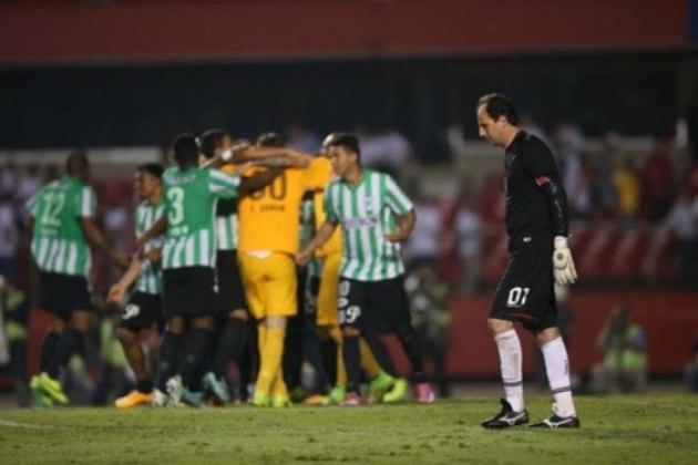 No jogo da ida, na Colômbia, o time da casa venceu por 1 a 0, com gol de Luis Carlos Ruiz. Na volta, porém, o São Paulo venceu por 1 a 0, com gol de Ganso, e levou o confronto para os pênaltis. Nos penais, os colombianos eliminaram o Tricolor, vencendo a disputa por 4 a 1.