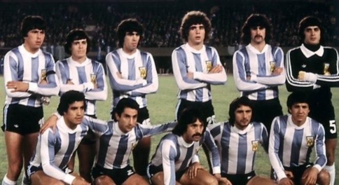 No Mundial que sediou, em 78, a Argentina perdeu para a Itália na fase de grupos, mas foi campeã