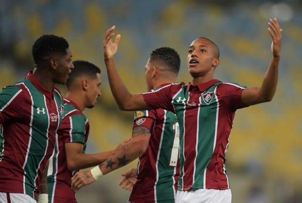No primeiro jogo como titular do Fluminense em uma disputa internacional, o atacante João Pedro brilhou na partida de ida da segunda fase da Copa Sul-Americana de 2019, marcando três gols e dando uma assistência diante do Atlético Nacional, da Colômbia, nagoleada do Tricolor por 4 a 1