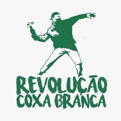 No sul do país, o Coritiba tem a torcida Frente Popular Alviverde e Coxacomunas, contra o fascismo e a favor da democracia.