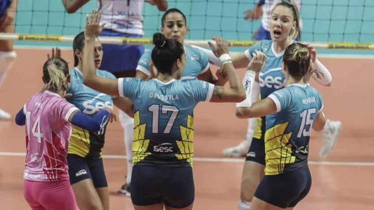 No vôlei brasileiro, o Sesc-RJ feminino possui 12 títulos no total, sendo nove deles conquistados em duas sequências: quatro entre 2005 e 2009 e cinco entre 2012 e 2017.