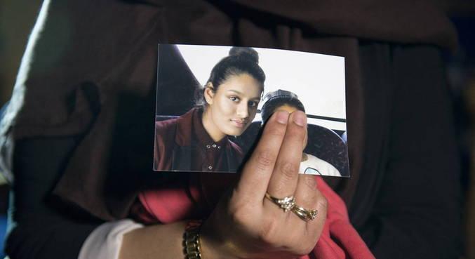 Mulher perdeu cidadania britânica depois de se juntar ao grupo na adolescência
