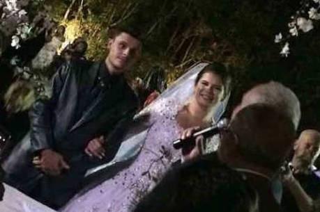 Noivos se casaram após acidente