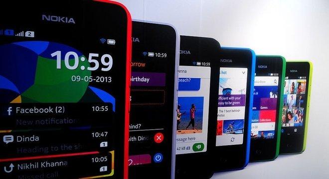 Celulares como o Nokia Asha 501 ficaram 'velhos' para o WhatsApp O caso do iPhone 4