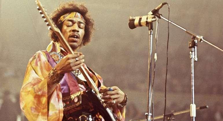 Nome do astro: Jimi Hendrix