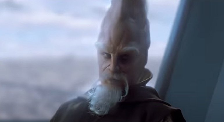 Nome do personagem: Ki-Adi-Mundi - Filmes: Ameaça Fantasma a Vingança dos Sith - Um Jedi do planeta Cerea, membro do Conselho Jedi e vítima do extermínio Jedi provocado pela Ordem 66.
