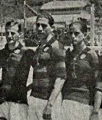 Nonô: O atacante chegou ao Flamengo em 1921, antes da profissionalização do futebol, e foi o primeiro grande artilheiro do clube. Alto, forte fisicamente, não enchia os olhos pela técnica, mas tinha facilidade em balançar as redes. Foi artilheiro do Carioca em três temporadas: 1921 (11 gols), 1923 (17) e 1925 (27).