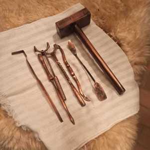 Objetos utilizados na cirurgia da época