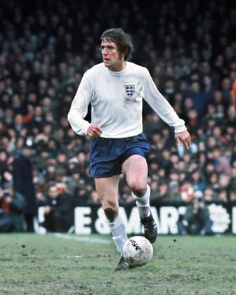 Norman Hunter, ex-zagueiro da seleção da Inglaterra campeã mundial em 66, faleceu em abril, vítima do coronavírus, com 76 anos.