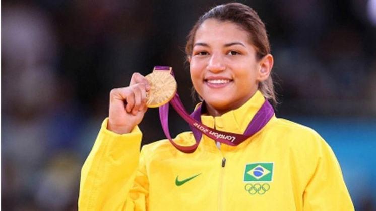 Nos Jogos de Londres, na Inglaterra em 2012, Sarah Menezes entrou pra história como a primeira judoca brasileira campeã olímpica. A atleta chegou ao topo na categoria Até 48kg.