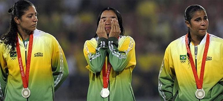 Nos jogos de Pequim, a Seleção Brasileira de futebol feminino voltou a ser vice-campeã. Assim como em Atenas quatro anos antes, a equipe perdeu para os Estados Unidos na decisão.