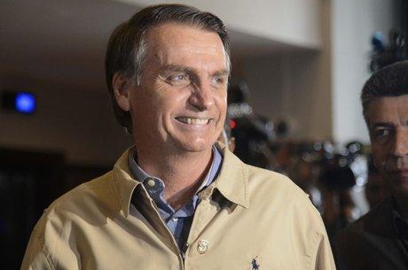 Palmeirense roxo, Bolsonaro irá à final do Brasileirão