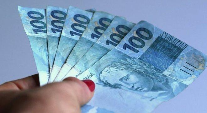 Expectativa é de que o Brasil cresça 2,8% em 2021, após uma contração de 5,8% em 2020