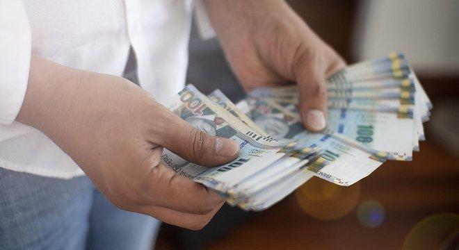Para 2019, o Fundo Monetário Internacional (FMI) estima uma expansão de 3,9% da economia peruana