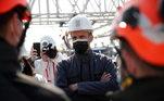 Opresidente da França, Emmanuel Macron, aplaudiu nesta quinta-feira (15) osesforços realizados na reconstrução da Catedral de Notre-Dame de Paris, duranteuma visita ao templo pelo segundo aniversário do incêndio que quase o destruiu