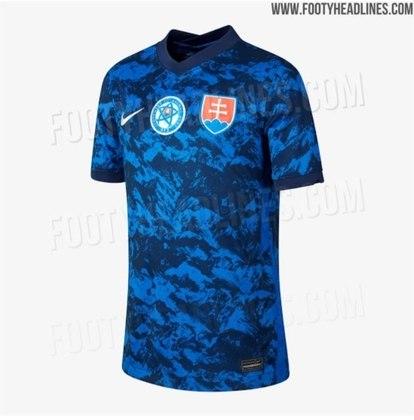 Nova camisa 1 da Eslováquia