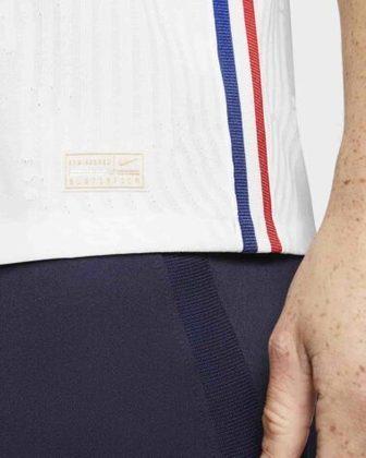 Nova camisa 2 da França