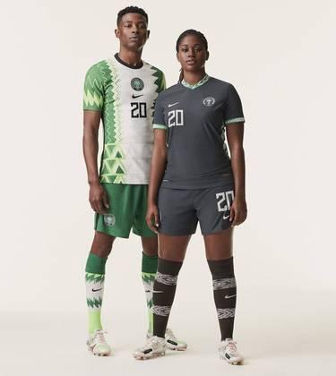 Nova camisa 2 da Nigéria - Uniforme lançado em 6 de fevereiro, mas ainda não utilizado em campo.