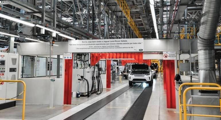 SUV dividirá espaço na linha de produção com o Discovery Sport