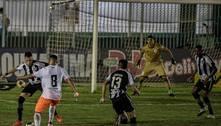Botafogo vira nos acréscimos sobre o Nova Iguaçu, em Saquarema (RJ)