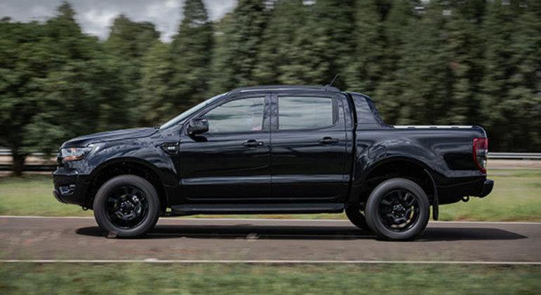 Ranger Black usa o sistema FordPass Connect